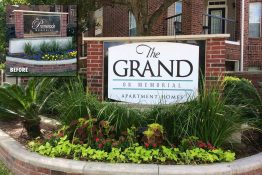 The Grand on Memorial Apartments Monument Reface